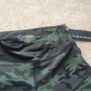 2bbd6e40abd40 Jessica Simpson Pants - Jessica Simpson The Warmup Camo Workout leggings